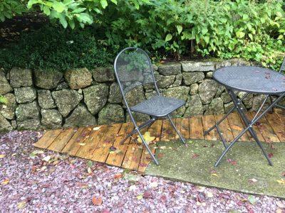 Совмещение поверхностей в саду